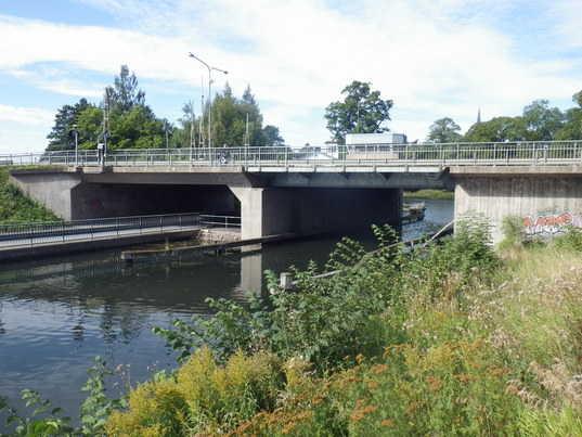 Riksvägsbron (gamla RV50-bron)
